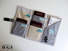 Fill up on customization, fashion and decoration ideas Diy Wallet, Wallet Tutorial, Diy Couture, Couture Sewing, Techniques Couture, Sewing Techniques, Passport Wallet, Passport Holders, Creation Couture