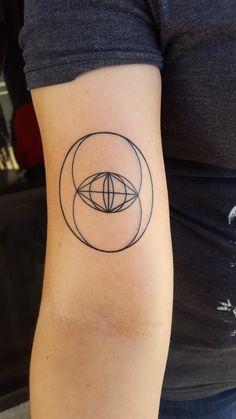 Vesica Piscis tattoo I made. Sam Ramsey instagram @2.can.sam
