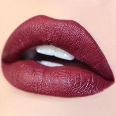 Ultra Matte lipstick Notion