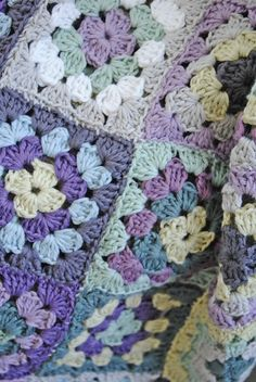 crocheted blanket - beautiful