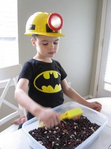 Mining for Magnets - Preschool Activity. Also, this kid's batman shirt matched the colors so well that at first I thought it was a Batman sensory bin. Letter M Activities, Preschool Letters, Preschool Classroom, Literacy Activities, Toddler Activities, Preschool Activities, Preschool Phonics, Preschool Projects, Time Activities
