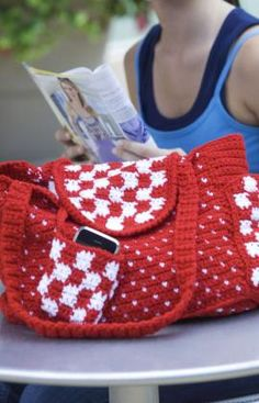 Everyday Tote Crochet Pattern | Red Heart.  To make in the recipient's color choice(s)