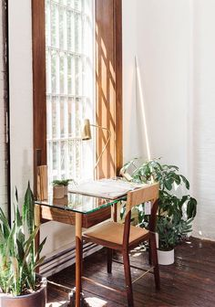 This shoppable living room in New York& West Village is like stepping into a globe-trotting friend& home. Interior Architecture, Interior And Exterior, Interior Design, Interior Ideas, Interior Inspiration, Beautiful Interiors, Beautiful Homes, Home Office, Home And Deco