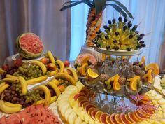 Masa de fructe, bar de fructe, fructe sculptate Pasta Salad, Bar, Ethnic Recipes, Food, Crab Pasta Salad, Essen, Noodle Salads, Yemek, Meals