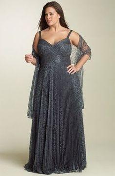 vestidos-de-festa-madrinhas-gordinhas - Plus Size Evening Dresses Plus Size, Plus Size Maxi Dresses, Plus Size Outfits, Evening Gowns, Formal Dresses, Plus Size Prom, Plus Size Wedding, Beautiful Gowns, Beautiful Outfits