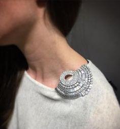 Xpin - An Impressive diamond clip, circa 1950 diamond clip brooch symbolicchase jewels jewellery diamondbrooches BroochDesign Rustic Jewelry, Bohemian Jewelry, Antique Jewelry, Vintage Jewelry, Handmade Jewelry, Vintage Silver, Modern Jewelry, Trendy Jewelry, Fine Jewelry