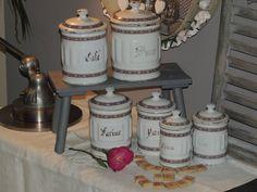 série de pots à épices émaillé enamelled par lateliercarine