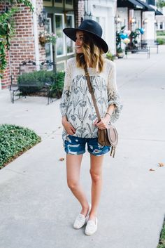 Little Blonde Book by Taylor Morgan | A Life and Style Blog : Frozen Yogurt Date : Weekend Style 8.23.15