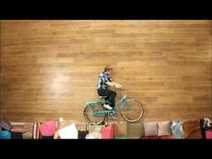 2:56    ****** The Best Stop Motion Video EVER *****  by revision3  FEATURED VIDEO  885,285 views