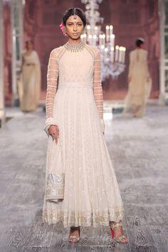 Tarun Tahiliani's Wedding Collection 2016 {India Couture Week}