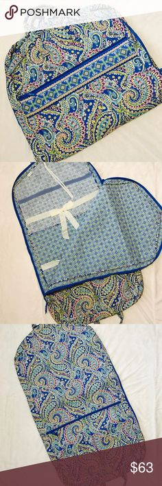 🆕VERA BRADLEY Wardrobe Bag New without tags. Never used. PRICE IS FIRM. **Matching eyeglass case and cross body wallet with checkbook cover in separate listing. **BUNDLE AND SAVE. Vera Bradley Bags Travel Bags