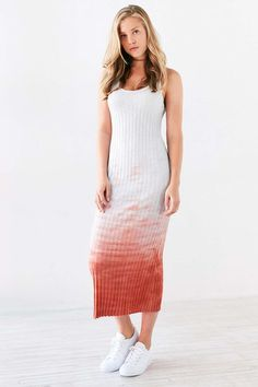 fa734b786dfc Shop Ecote Weeping Willow Dip-Dye Midi Dress at Urban Outfitters today.