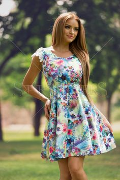 StarShinerS Endless Green Dress, embroidery details, floral prints, back zipper fastening, nonelastic fabric Floral Print Skirt, Floral Prints, Baptism Dress, Daily Dress, Dress Cuts, Embroidery Dress, Feminine Style, Clothing Items, Traditional Outfits