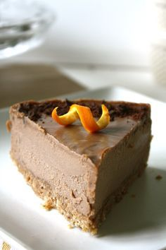 Orange Chocolate Cheesecake that's raw, vegan, and gluten-free. What's not to love?