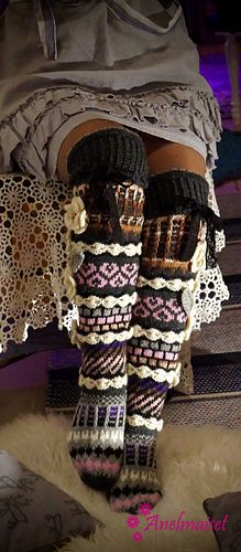 This is a brand new pattern for Anelma's design for longer, over knee socks. A picture of these beauties was first seen on her Facebook page in 2016.