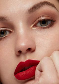 Inner Glow Photographed by Edward Aninaru Makeup Casey Gore Model Daria Mikolajczak / Elite LA Red Lipstick Looks, Red Lips Makeup Look, Korean Makeup Look, Red Lipstick Makeup, Glam Makeup, Red Lipsticks, Makeup Inspo, Makeup Inspiration, Beauty Makeup