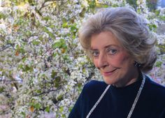 "Carolyn Kizer, who won the  Pulitzer Prize  in poetry for her 1985 collection ""Yin"" and served as the first literature director of the National Endowment for the Arts as well as founding editor of Poetry Northwest, died Thursday in Sonoma, Calif., at 89 of age-related  dementia ."