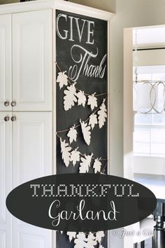 How-to Thankful Garland Thanksgiving Banner, Thanksgiving Crafts, Happy Thanksgiving, Fall Crafts, Chalkboard Art, Chalkboard Designs, Thankful Tree, Celebrate Good Times, Fall Decor