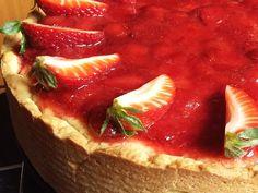 Epres sajttorta Yummy Food, Tasty, Tiramisu, Strawberry, Baking, Fruit, Healthy, Desserts, Recipes