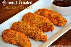 Almond-Crusted Chicken Strips 17 Heart-Healthy Recipes That Actually Taste Great Brain Healthy Foods, Heart Healthy Diet, Heart Healthy Recipes, Healthy Meals For Kids, Diet Recipes, Healthy Eating, Cooking Recipes, Heart Diet, Healthy Dinners