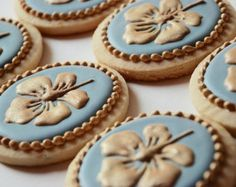 Elegant Blue & Gold Hibiscus Cookies - One Dozen Decorated Sugar Cookies Fancy Sugar Cookies, Lace Cookies, Tea Cookies, Flower Cookies, Easter Cookies, Royal Icing Cookies, Cupcake Cookies, Cookie Icing, Cupcakes