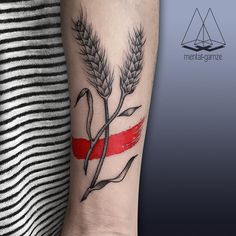Tried something different with red today☺️ It was fun✌️#tattoo #tattoostagram #dotwork #linework #nature #floral #wheatear #wheat #brush