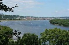 Dubuque, Iowa - on the banks of the mighty Mississippi!