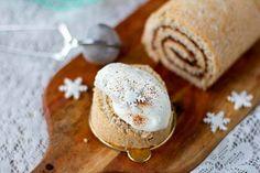Taru tuunasi perinteisen kääretortun jouluiseksi – tässä on todellinen kahvipöydän herkku! - Ajankohtaista - Ilta-Sanomat Dairy, Pudding, Cheese, Desserts, Christmas, Food, Tailgate Desserts, Xmas, Deserts