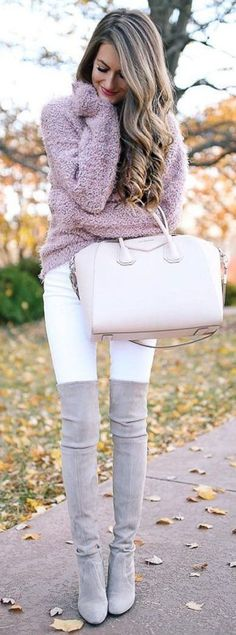 Awesome 28 Brilliant Winter Outfits Ideas To Wear Now. More at http://trendwear4you.com/2017/12/13/28-brilliant-winter-outfits-ideas-wear-now/