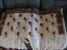 Robin Weaves Korowai: May 2013 Flax Weaving, Maori Designs, Maori Art, Weaving Techniques, Book Making, Picture Show, Robin, Arts And Crafts, Colours
