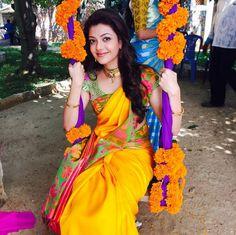 Saree Blouse Designs: South Indian Actress & Model Kajal Agarwal in Saree Yellow Saree, Red Saree, Saree Dress, Saree Blouse, Sari, Traditional Sarees, Traditional Looks, Traditional Wedding, Kajal Agarwal Saree