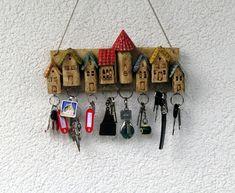 Schlüsselbretter & -kästen - Schlüsselbrett Schlüsselhalter bunt - ein Designerstück von Nandomo-23 bei DaWanda
