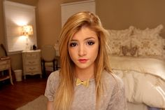 HD Chrissy Costanza 2014 Wallpaper Photos Gallery