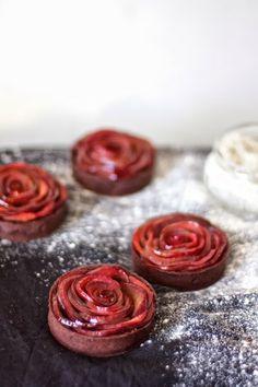 engrained: mulled wine plum rose tarts with dark chocolate ganache