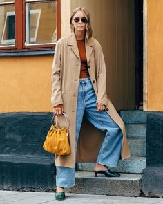 Baggy jeans Denim On Denim Looks, Stockholm Fashion Week, Insta Look, Vogue Magazine, Flare Jeans, What To Wear, Duster Coat, Street Style, Instagram