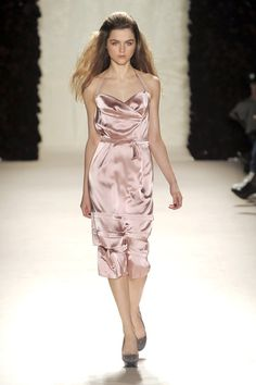 Nina Ricci at Paris Fashion Week Fall 2010 - Runway Photos