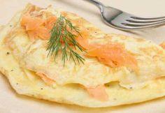 Omelettes fines à la crème au citron et au saumon fumé