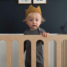 Oeuf Fawn Bassinet Crib #OEUF oeufnyc modern nursery kids rooms furniture interior design family baby nurseries cribs