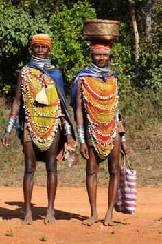 Orissa, Bondo tribe, India. CLICK to enlarge
