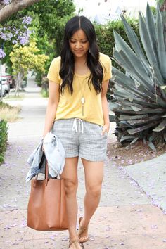 bea65d4fbb Summer Outfits With Shorts: 4 Ways to Mix Up Shorts + a Tee | PMT ...