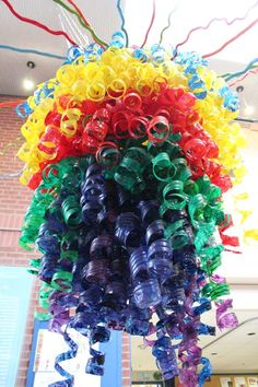 Zenia Dusaniwsky and her students created this incredible chandelier for the student entrance at the Elementary School. The medium? 500 plastic bottles! The inspiration? Chihuly.