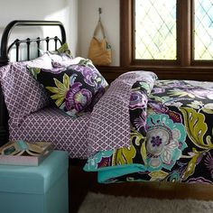 My OFFICIAL Bedding for my dorm room at FSU this Summer !!!! So excited to get it in the mail!!!