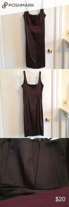 🎉 HP 🎉 NWOT Calvin Klein Pencil Dress Dark brown pencil dress. Size 4. Super sexy, form fitting cut. Stretchy fabric. Features folded detail at the bust. No flaws or damage. Bra strap holders have been sewn into the straps so your bra straps stay hidden (see 3rd pic). Calvin Klein Dresses Midi
