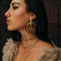Golden hypnosis in the Dart earrings  #the2bandits