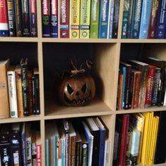 A DIY $8 Pumpkin Lamp! http://mycraftaddiction.wordpress.com/2014/09/25/8-pumpkin-lamp/