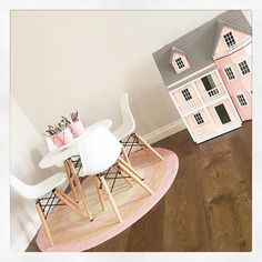 """How lovely is this space @sophie_aspros has created featuring Kmart pink rug, table and chairs. It's a perfect area for any little girl @sophie_aspros thanks for sending this gorgeous room so I could share with others. Xo :) #kmartausinspire"
