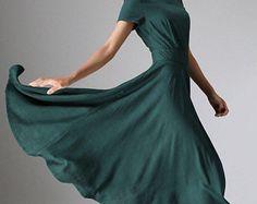Robe longue, robe en lin femme, robe verte, robe flowy, robe élégante, robe évasée robe, robe à manches courtes, robe sur mesure, midi de 971