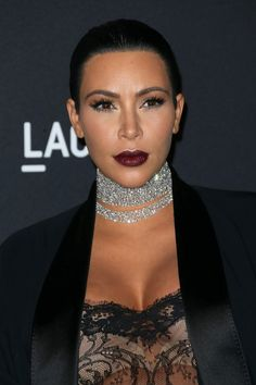 Kim Kardashian Diamond Choker Necklace - Kim Kardashian Jewelry Looks - StyleBistro