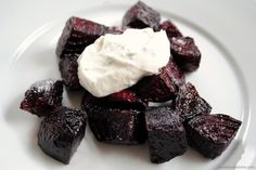 Roasted Beets with Chèvre-Yogurt Sauce - Foxes Loves Lemons