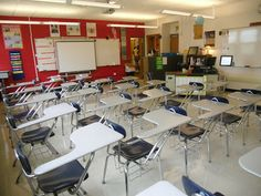 Classroom Tour: The Organized High School English Classroom